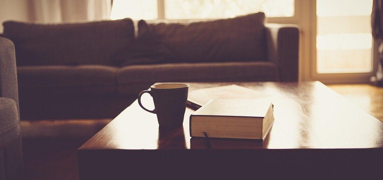 Schlafsofa unter 100 Euro und ein Kaffee