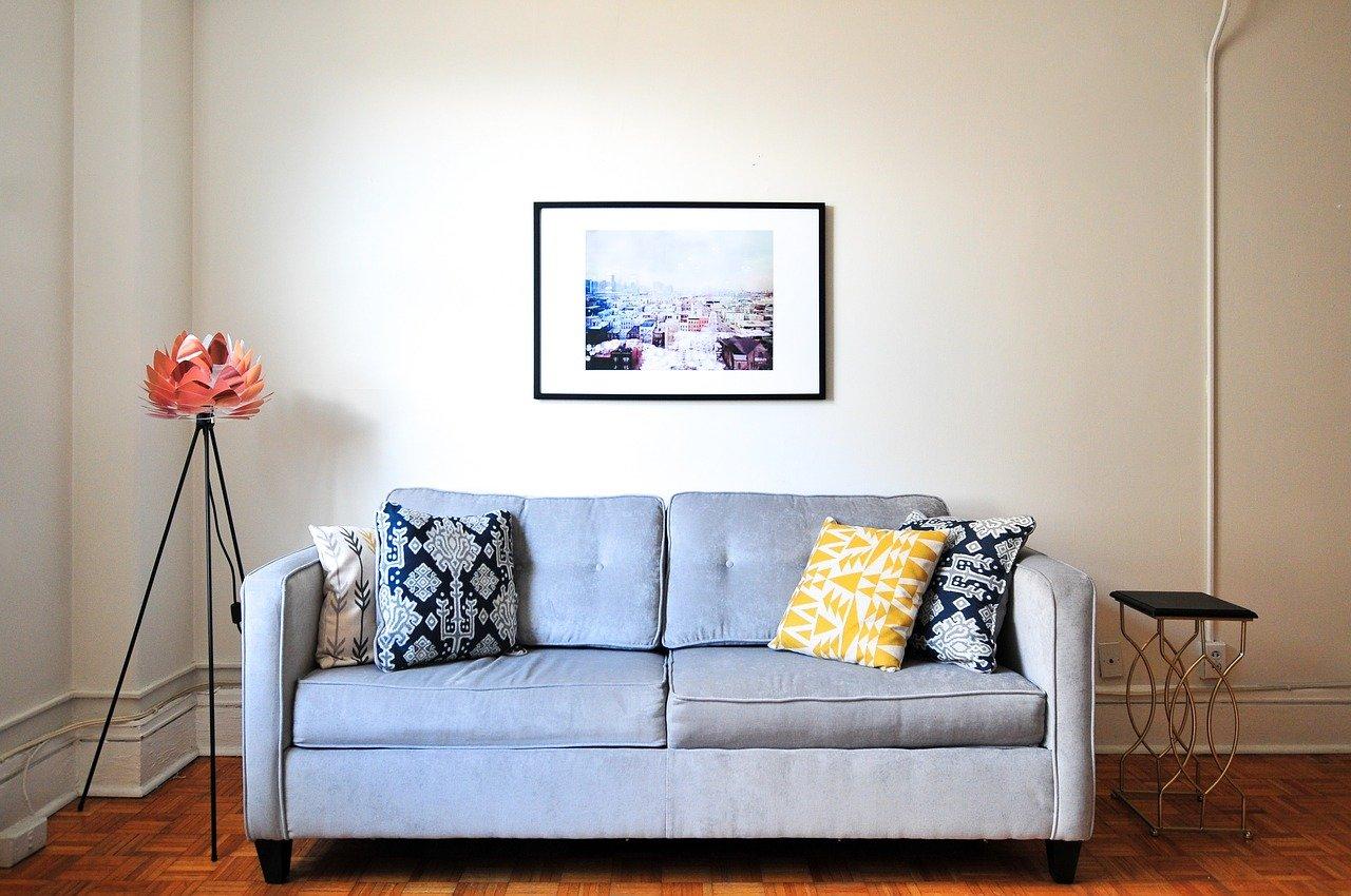 Sofa, das zu einem Schlafsofa werden kann