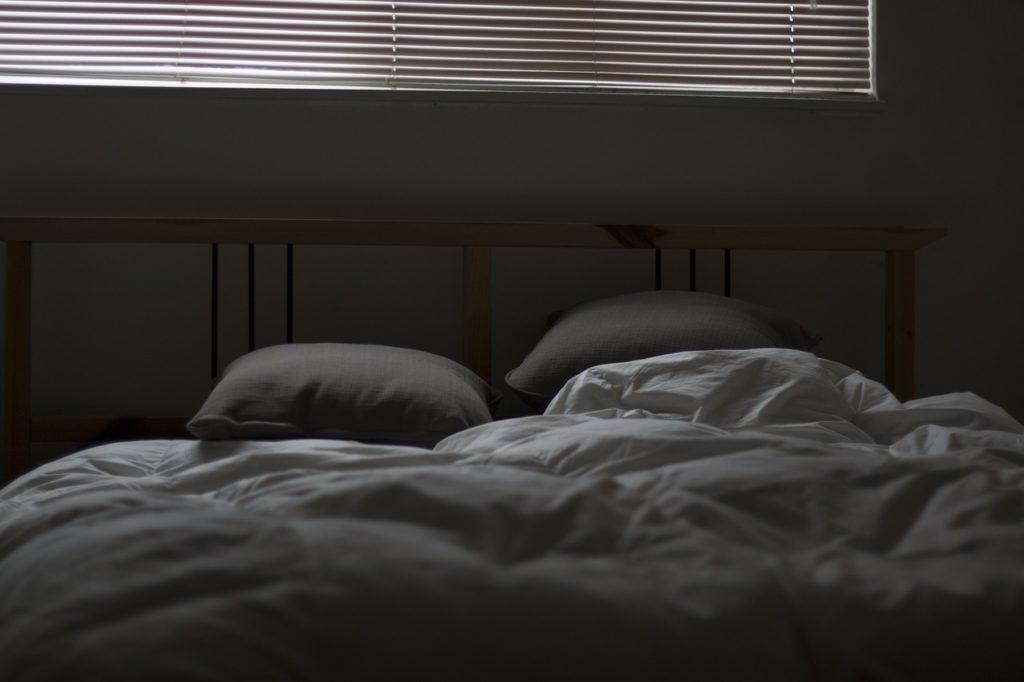 Gästebett Klappbett in einem Schlafzimmer